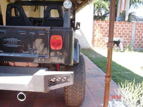 Jeep ika 4 x 4