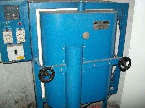 Canjeo horno automático nuevo vitrofusión por cuatriciclo 250cc o vendo 7500$
