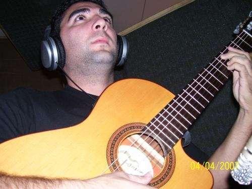 Aprende a tocar bien la guitarra