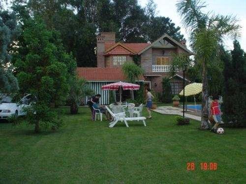 Alquilo casa quinta en barrios