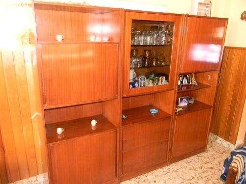 Modular de madera funcional para cualquier utilidad.