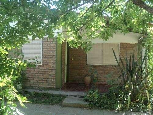 Se vende casa de barrio ubicación (general alvear) bowen