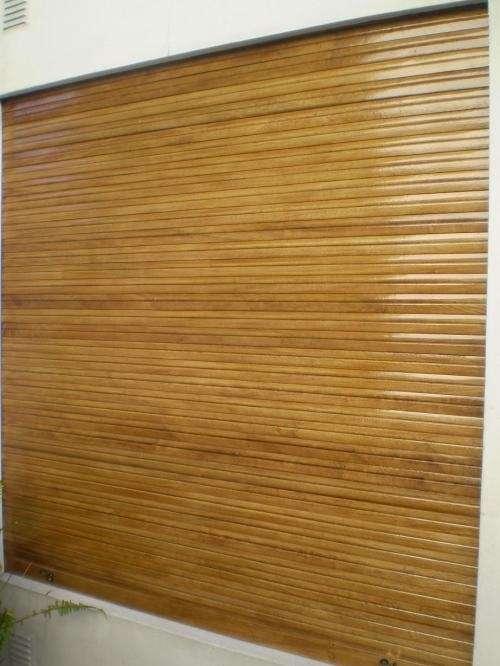 Cortinas de madera y cortinas de plastico