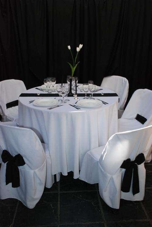 Mesas, sillas tablones. alquiler