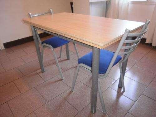 Vendo mesa con sillas de cocina