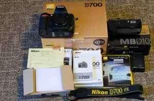 Nikon d700,canon eos 5d mark ii