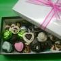 Bombones finos artesanales y souvenirs en chocolate