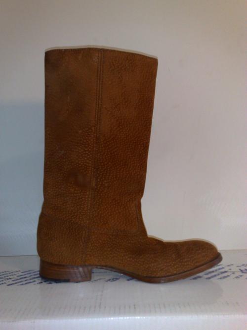 Vendo botas de cuero de carpincho marca torcivia en la plata