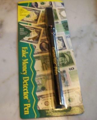 Fotos de Mercaderia para revender detector de billetes falsos 1