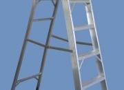 Escalera de Aluminio Reforzada Tijera Con Plataforma Altura Trabajo 3.60 mts 5 escalones