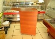 Mueble de madera para caja regristradora o varios de negocio