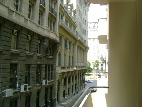 Fotos de Alquiler oficina 215 m2.frte. segur. 24 hs. excelente imagen 4