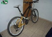 Vendo bici giant mcm990 doble suspension carbono