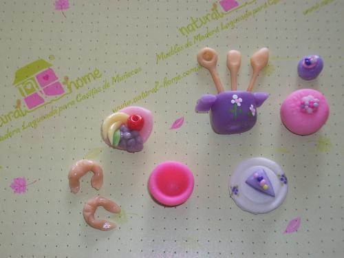 Accesorios y comiditas para muñecas