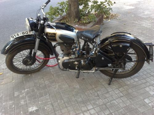 Vendo lote motos antiguas,accesorios autos antiguos,motores motos antiguas,etc