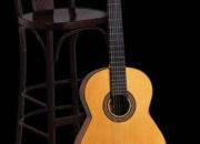 luthier electroacustico raparado de guitarras y bajos violines baterias