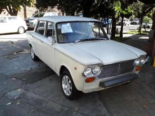 Fiat 1500 modelo 69 a terminar de restaurar