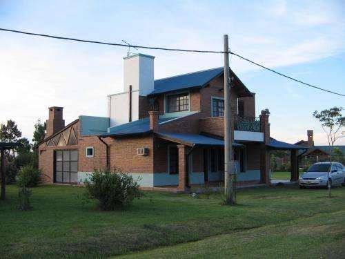 """Alquilo casa en barrio privado """"solares del carcaraña"""""""