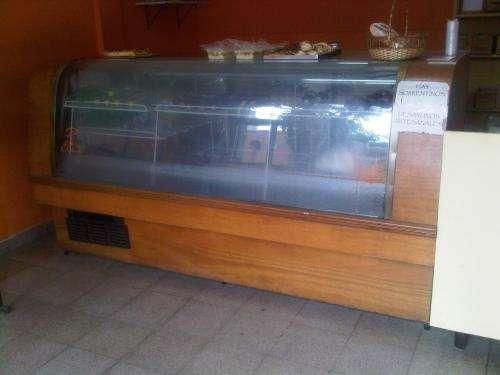 Vendo heladera exhibidora horizontal 3 puertas