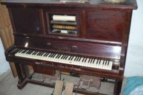 Pianola y rollos de pianola