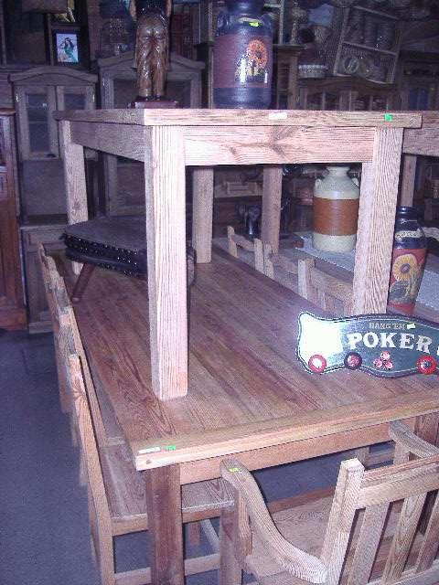 Muebles de pinotea, madera de demolicion