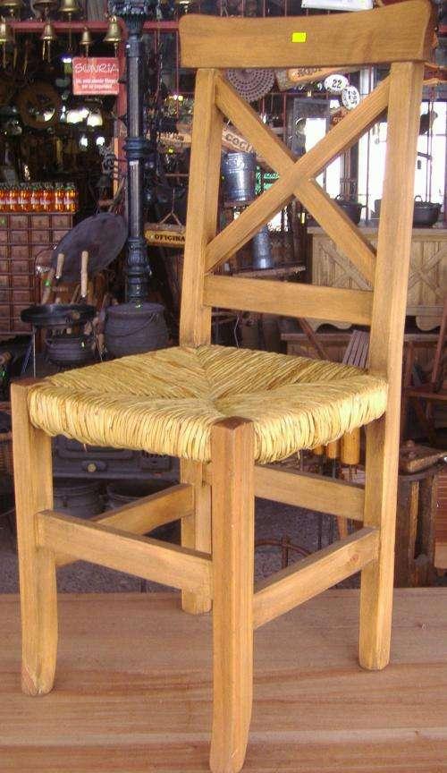 Sillas rusticas con asiento de junco