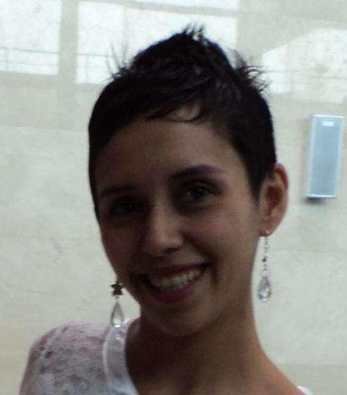Profesora de ingles y traductora de ingles matriculada.