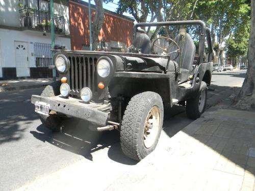 Jeep willys 1947 buen estado. vendo a primera oferta razonable.