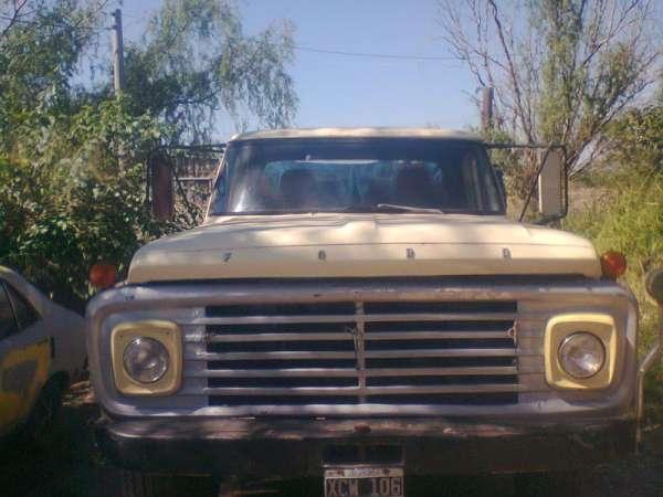 Vendo camion volcador ford 600 en buen estado
