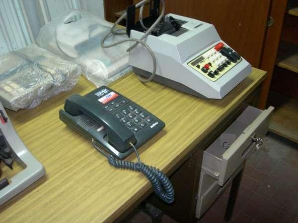 Vendo maquina escribir olivetti, calculadoras electricas