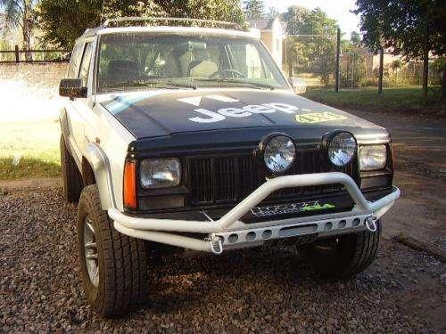 Jeep cherokee 4x4 2 puertas mod 94 carroceria impecable