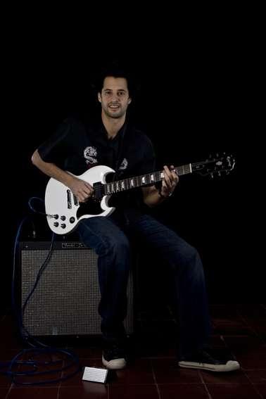 Clases de guitarra en olivos - domerdomanico@gmail.com