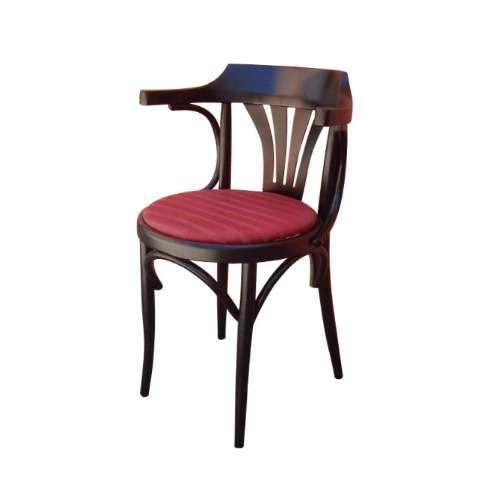 Sillas thonet y mesas para bares y restaurantes