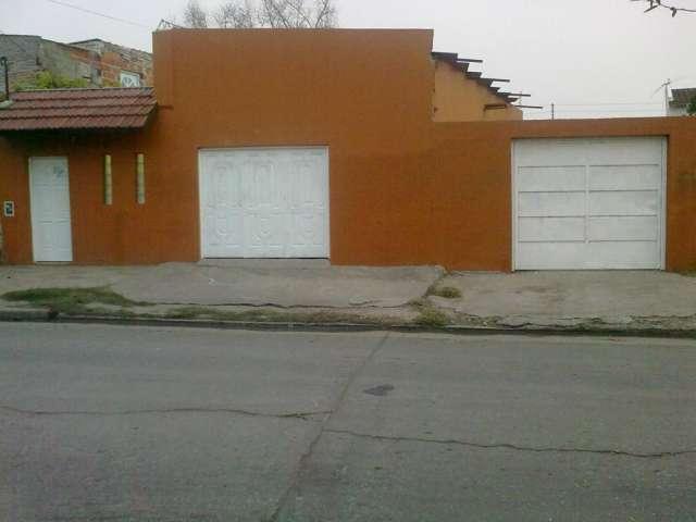 Vendo 2 casas zona oeste ituzaingo villa udaondo