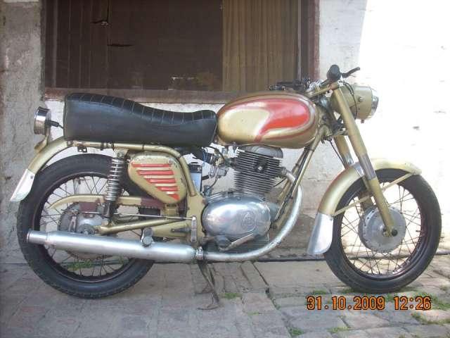 Vendo moto antigua gilera spring 185cc modelo 70