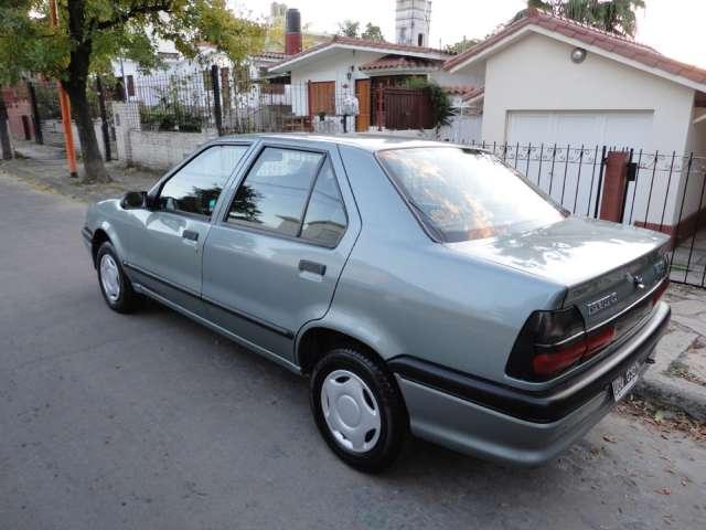 Vendo urgente renault 19 modelo re 1999