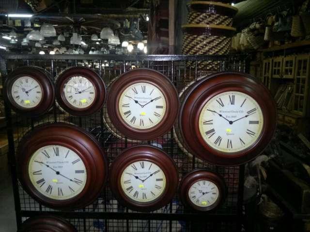 Relojes estilo antiguos diferente tamaños