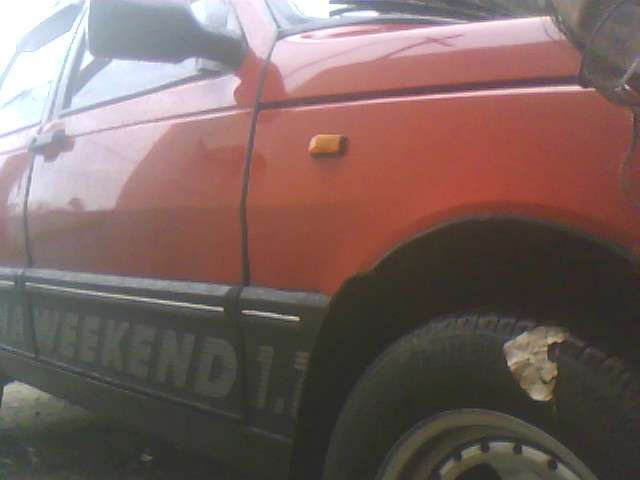 Fiat duna weekend 1.7 diesel rojo------------------------------------------------------