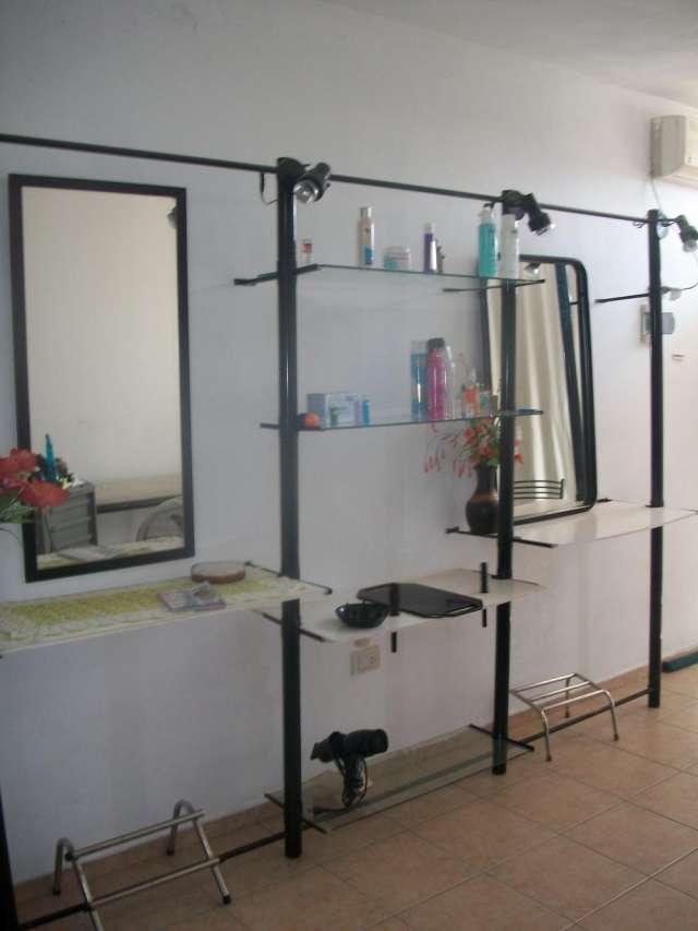 Toilette para peluqueria y sillon de corte
