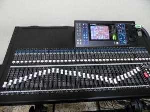Yamaha mixer ls9 (32 digital console)