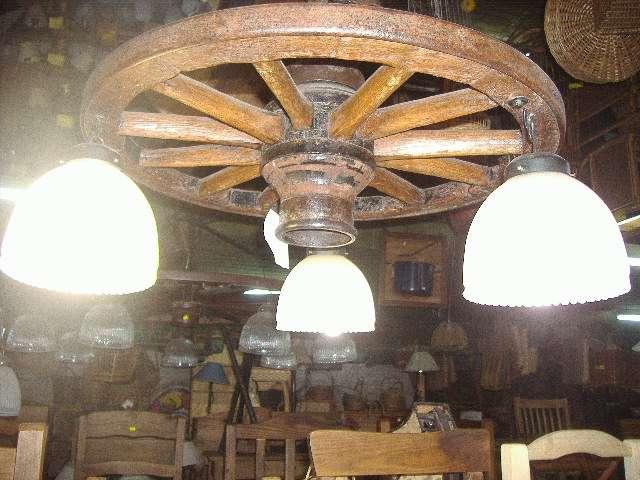 Iluminacion rustica estilo campo con piezas originales