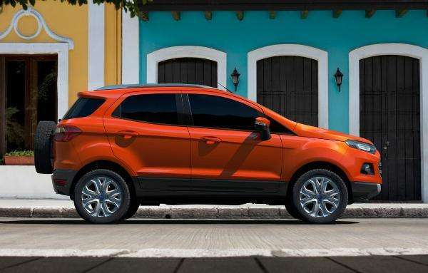 Ford ecosport kinetic design titanium 2012!