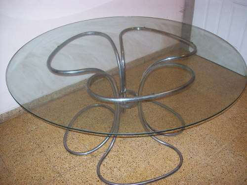 Mesa redonda 1,60 de diametro y 1 cm de espesor