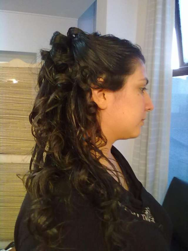 Emelook peluqueria de diseño y arte