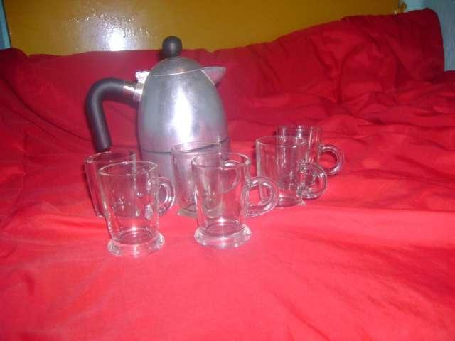 Cafetera sxpress con 6 jarritas para cafe