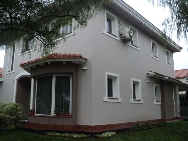 Casa barrio dalvian- en venta- ciudad