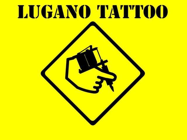 En busca de tatuador para los sabados!
