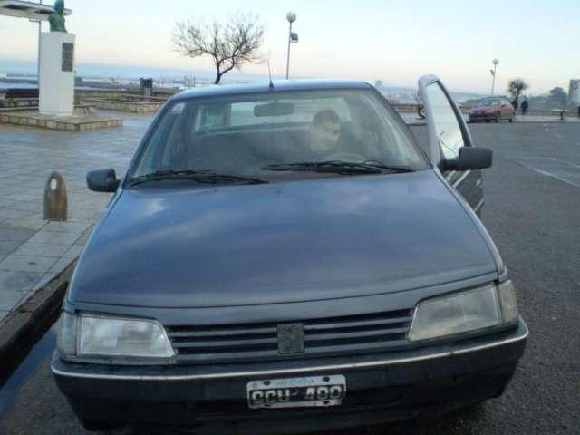 Dueño vende auto peugeot 405, modelos 1994, buen estado