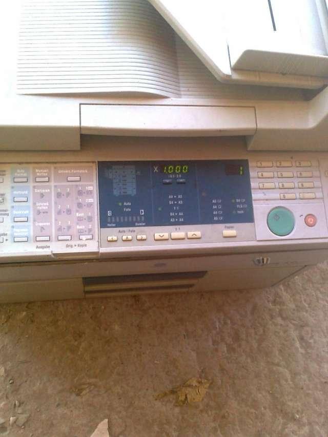 Vendo fotocopiadora minolta cs pro usada