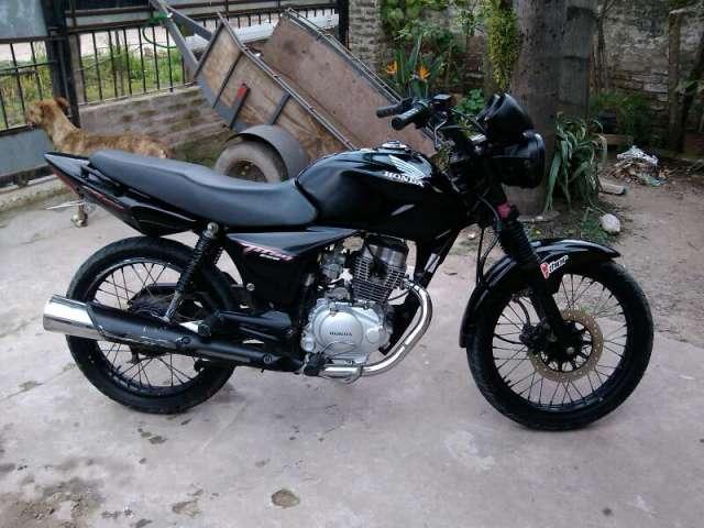 Vendo moto honda cg 150cc titan esd